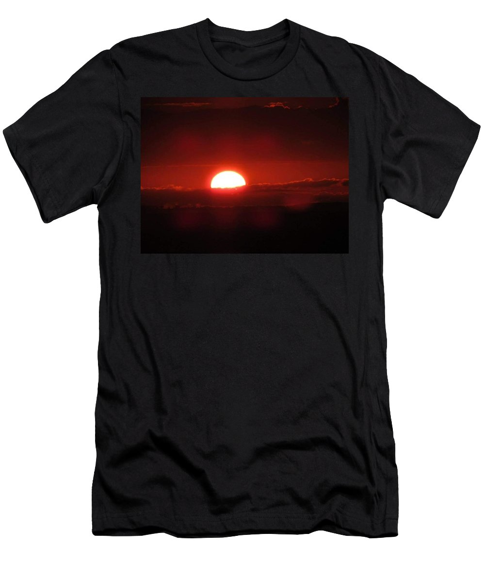 Coastal Shoreline Men's T-Shirt (Athletic Fit) featuring the photograph Floating Sunrise by Christy Witschie