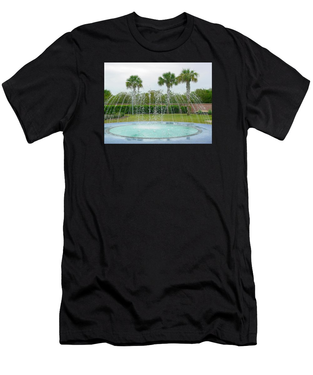 Pat Turner Men's T-Shirt (Athletic Fit) featuring the photograph Florida Fountain by Pat Turner