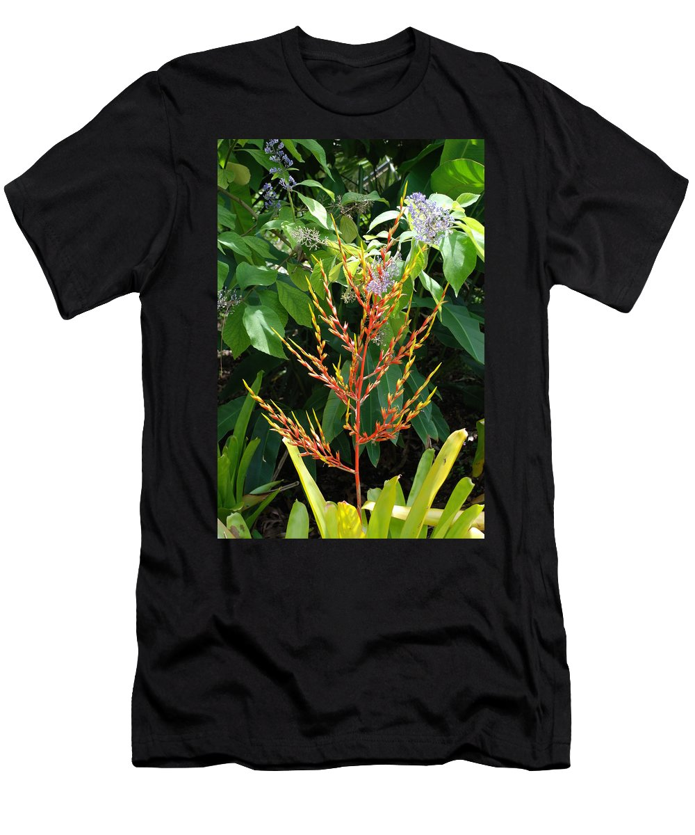 Macro Men's T-Shirt (Athletic Fit) featuring the photograph Flower Plants by Rob Hans