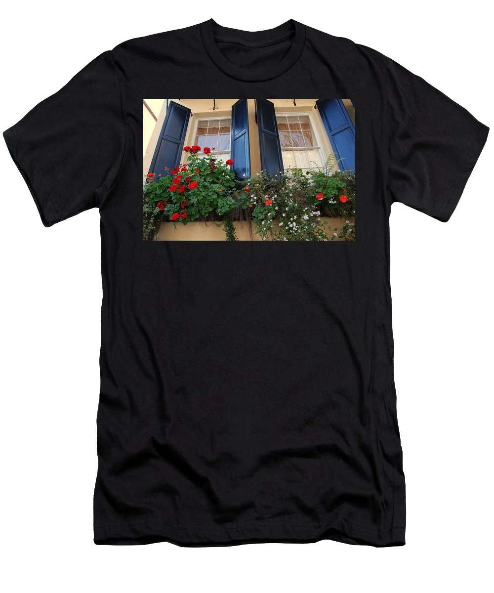 Window Men's T-Shirt (Athletic Fit) featuring the photograph Flower Window In Charleston Sc by Susanne Van Hulst