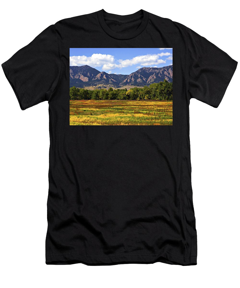 Fall Men's T-Shirt (Athletic Fit) featuring the photograph Foothills Of Colorado by Marilyn Hunt