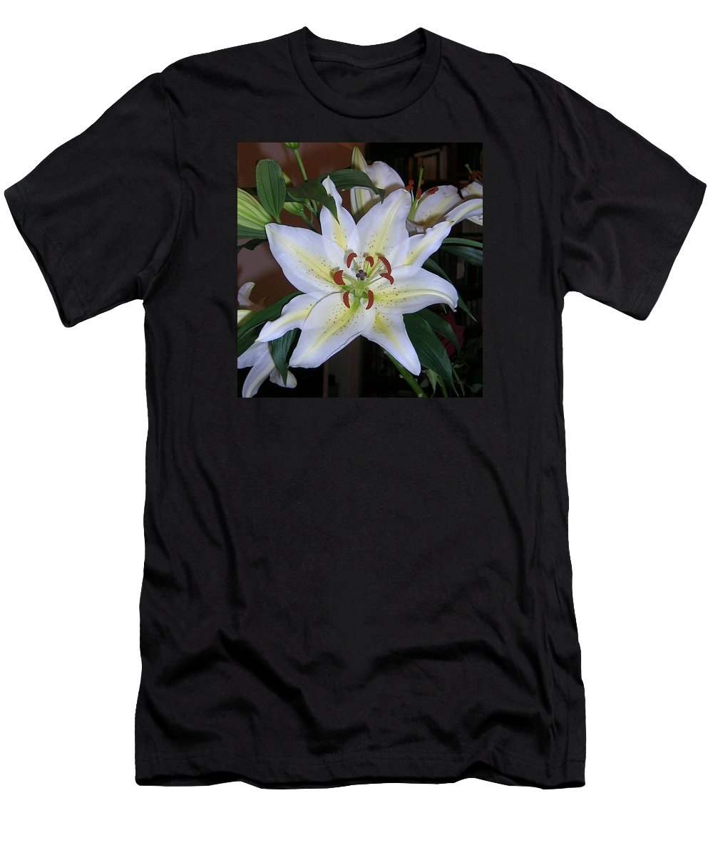 Flower Men's T-Shirt (Athletic Fit) featuring the photograph Fragrant White Lily by Valerie Ornstein