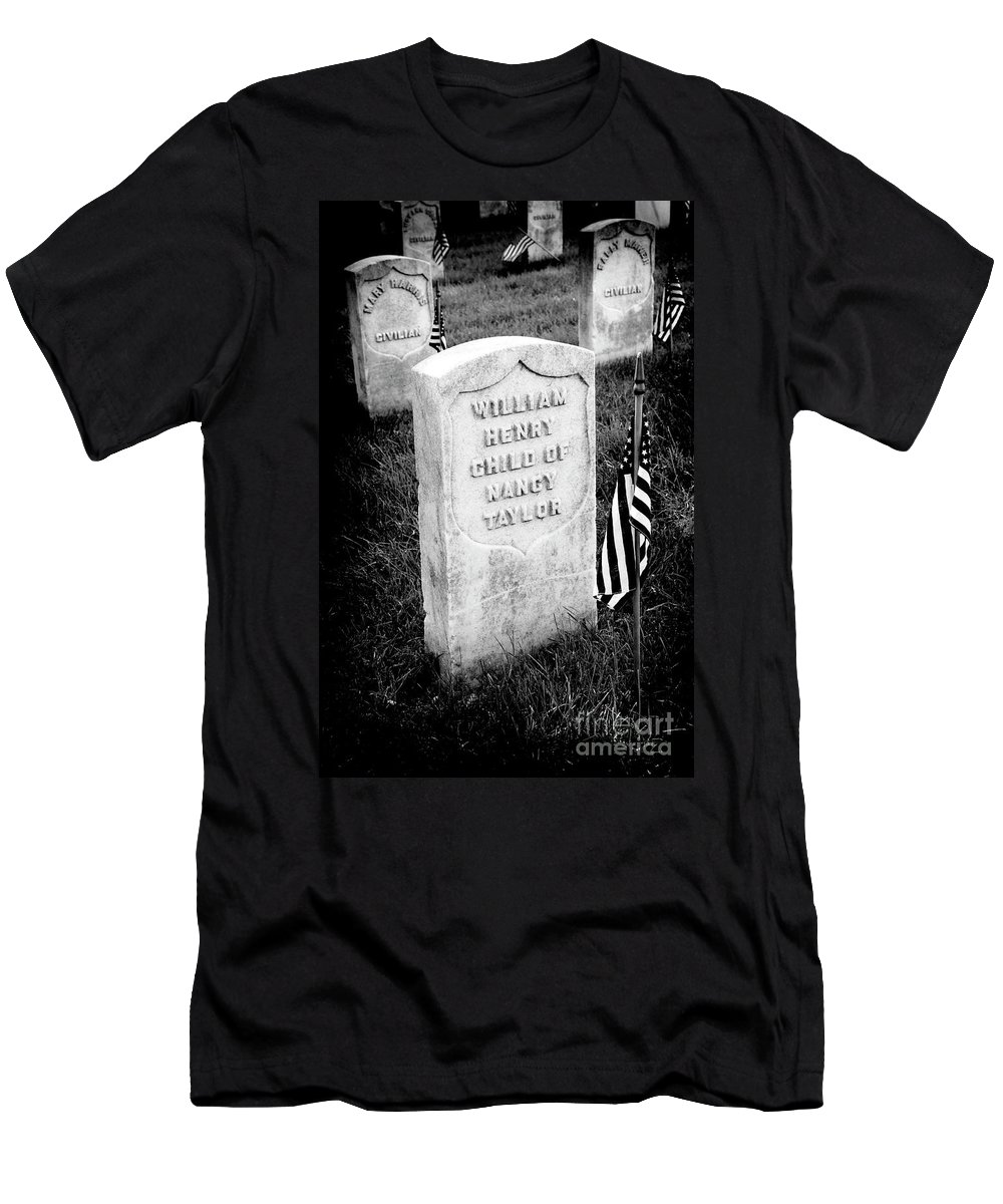 Arlington National Cemetery Men's T-Shirt (Athletic Fit) featuring the photograph Free Blacks by Paul W Faust - Impressions of Light