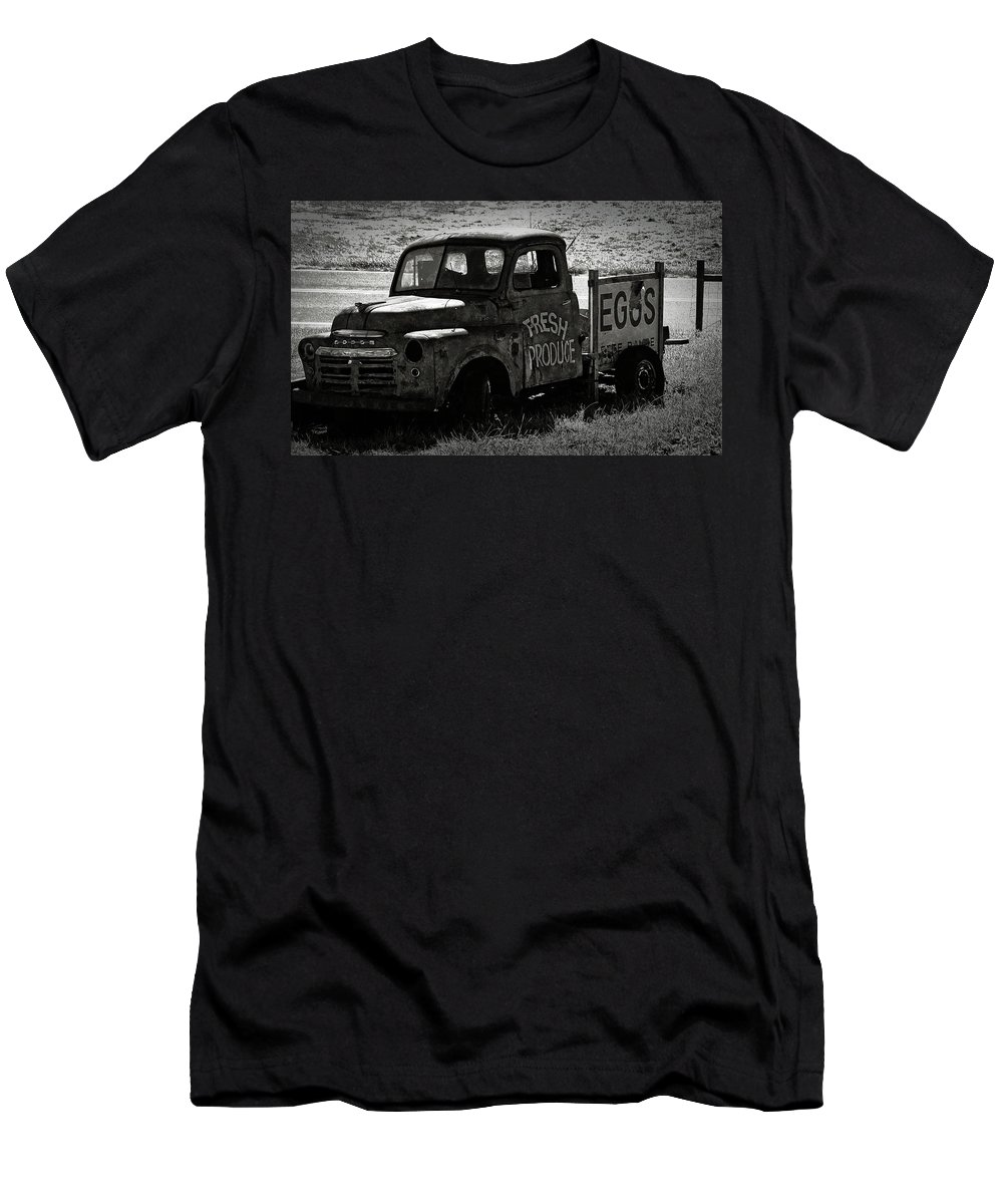 Fresh Men's T-Shirt (Athletic Fit) featuring the photograph Fresh Produce Free Range Eggs by Teresa Mucha