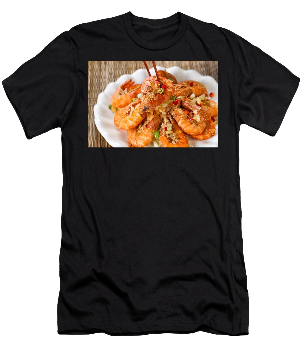 Shrimp Men's T-Shirt (Athletic Fit) featuring the photograph Fried Bread Coated Shrimp And Garnishes On White Serving Plate R by Thomas Baker