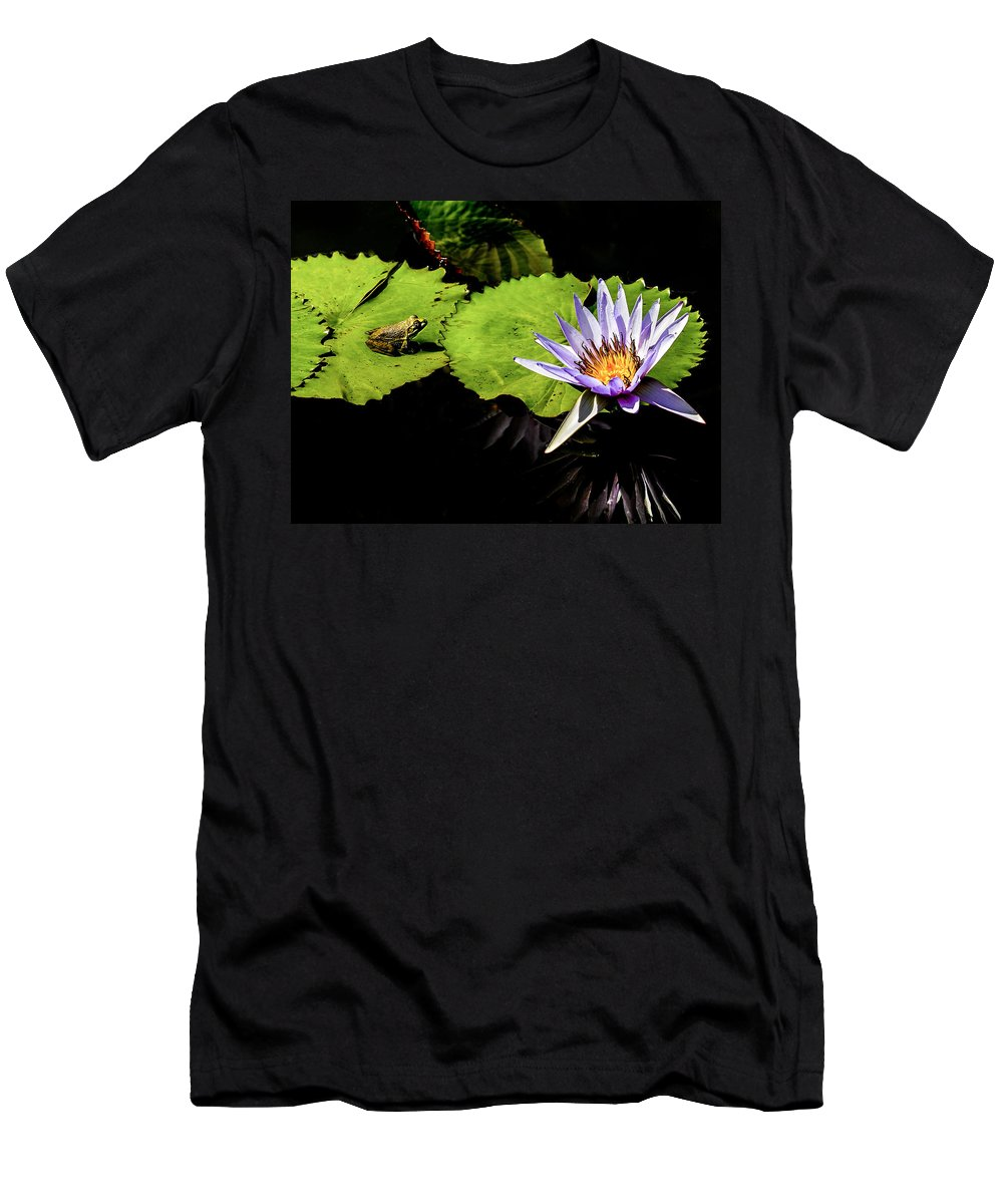 Frog Men's T-Shirt (Athletic Fit) featuring the photograph Frog And Lily Reflected by Elizabeth Gunnufson