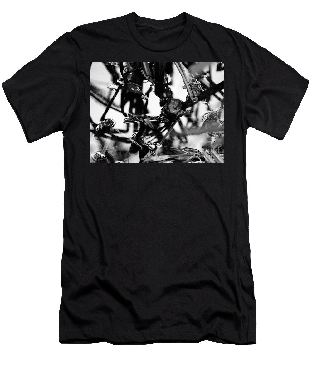 Frog Men's T-Shirt (Athletic Fit) featuring the photograph Frog In A Lake by Rachel Morrison