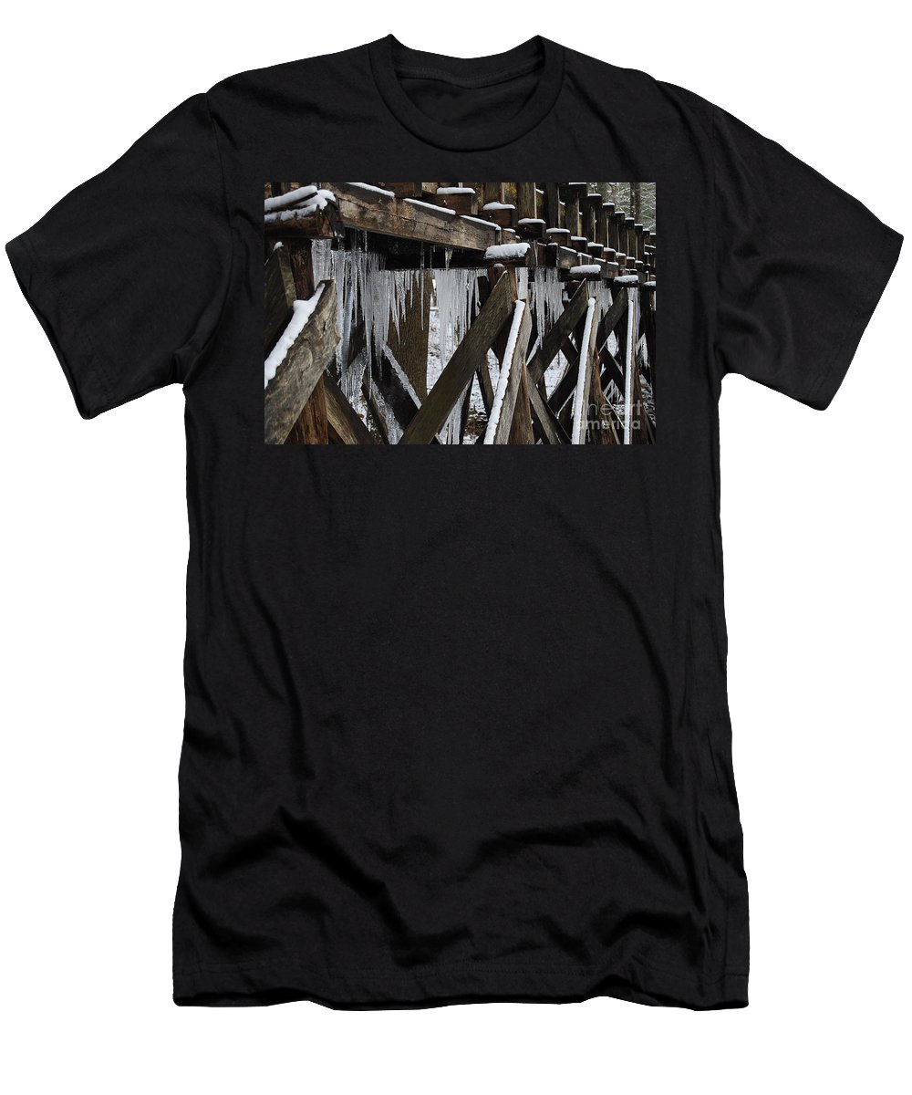 Ice Men's T-Shirt (Athletic Fit) featuring the photograph Frozen Leaks by Eric Liller