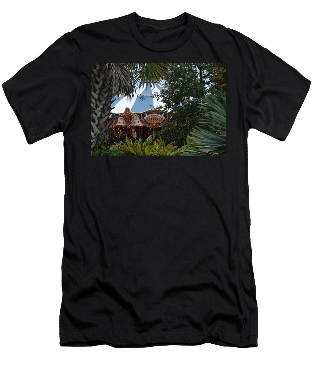 Architecture Men's T-Shirt (Athletic Fit) featuring the photograph Fun Thru The Trees by Rob Hans
