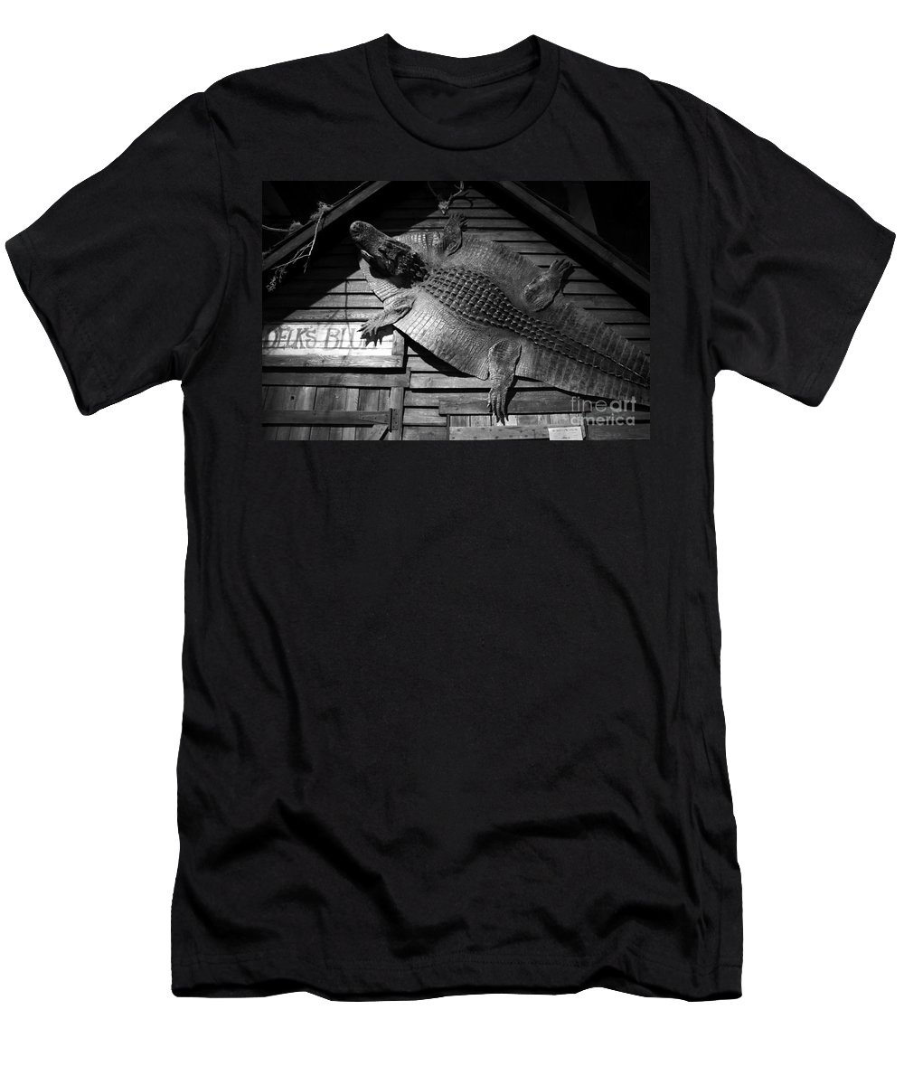Alligator Men's T-Shirt (Athletic Fit) featuring the photograph Gator Hide by David Lee Thompson