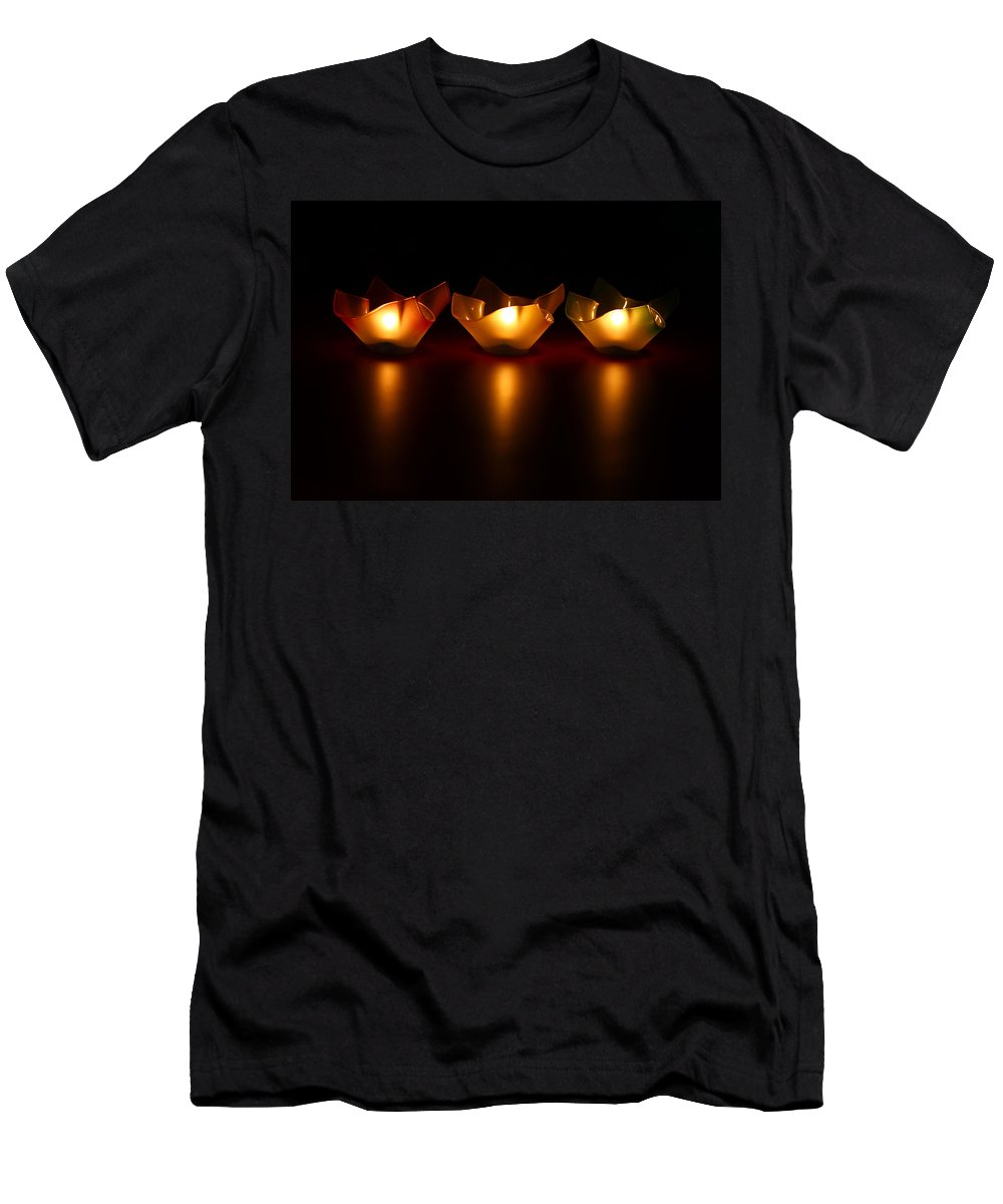 Blur Men's T-Shirt (Athletic Fit) featuring the photograph Golden Glow by Evelina Kremsdorf
