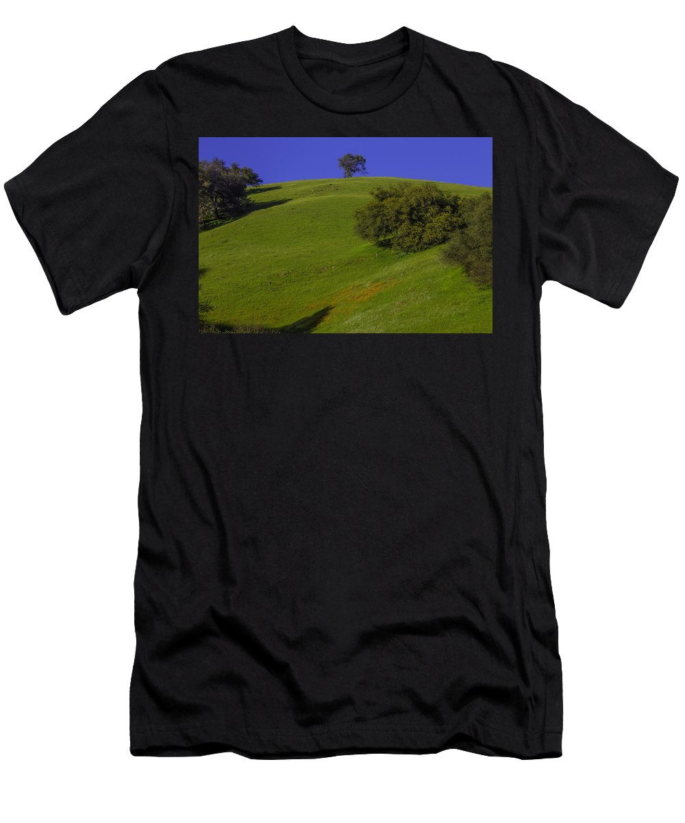 Hill Side Men's T-Shirt (Athletic Fit) featuring the photograph Green Hill With Poppies by Garry Gay
