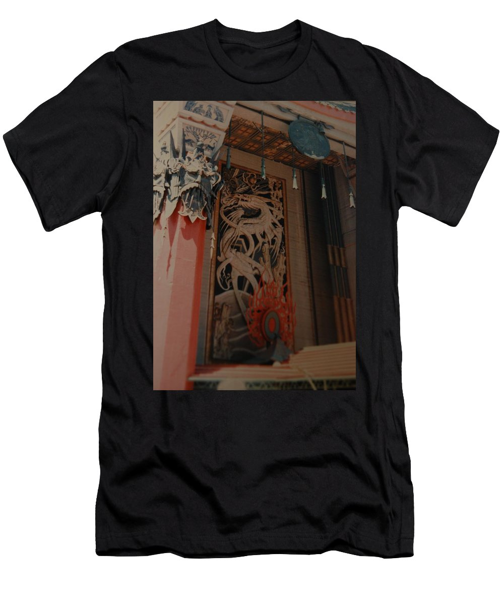 Grumanns Chinese Theater Men's T-Shirt (Athletic Fit) featuring the photograph Grumanns Chinese Theater by Rob Hans