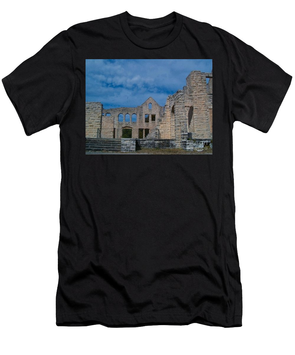 Castle Men's T-Shirt (Athletic Fit) featuring the photograph Haha Tonka Castle 1 by Sara Raber