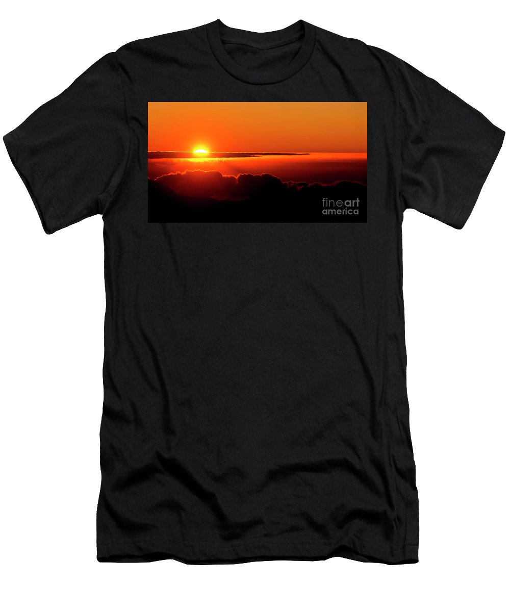 Sunrise Men's T-Shirt (Athletic Fit) featuring the photograph Maui Hawaii Haleakala National Park Sunrise IIi by Jim Cazel