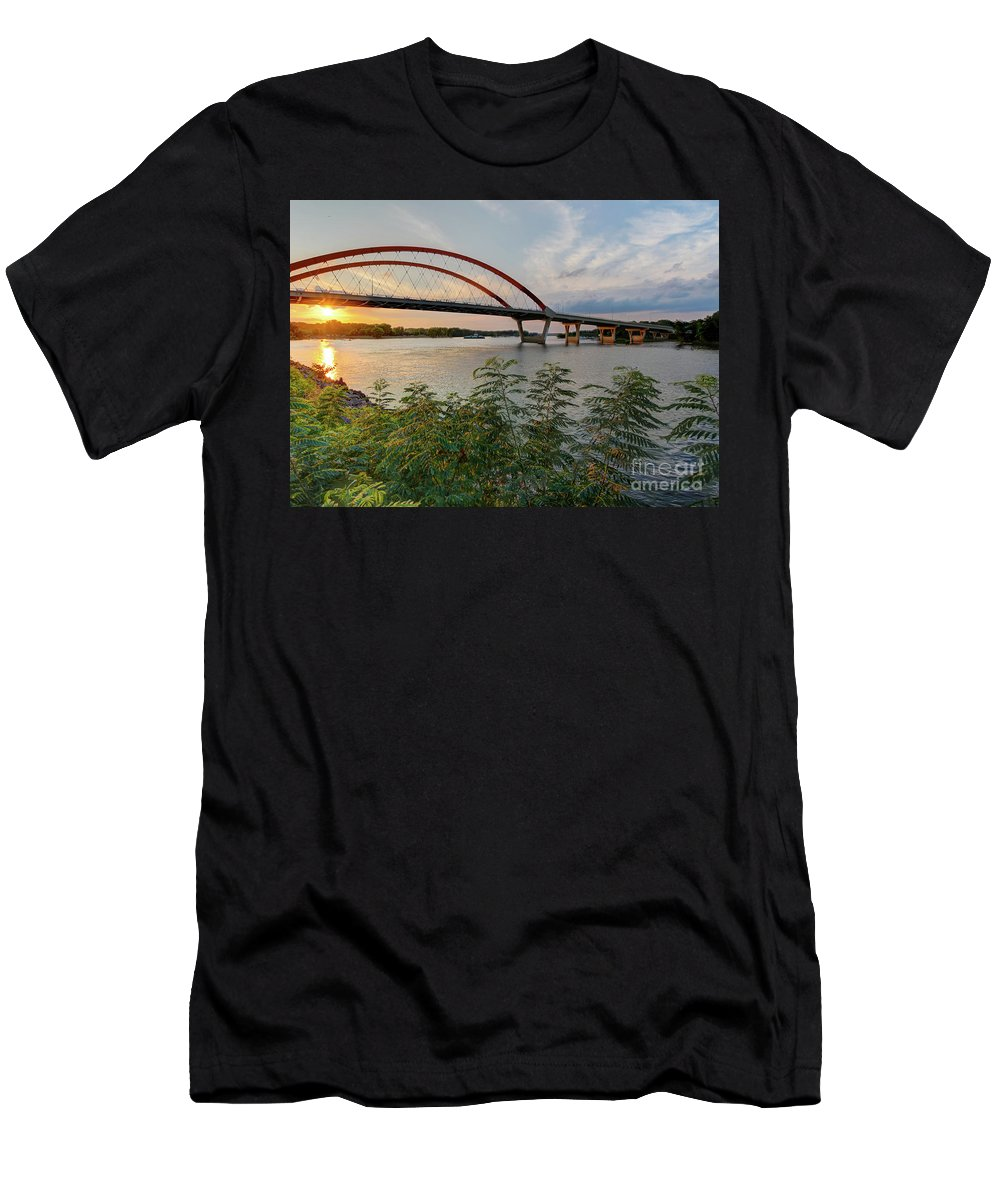 Sunset In Hastings Mn Men's T-Shirt (Athletic Fit) featuring the photograph Hastings Mn Bridge by Lowell Stevens