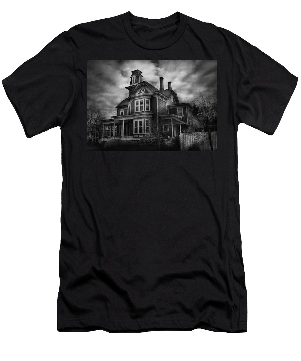 Hdr Men's T-Shirt (Athletic Fit) featuring the photograph Haunted - Flemington Nj - Spooky Town by Mike Savad