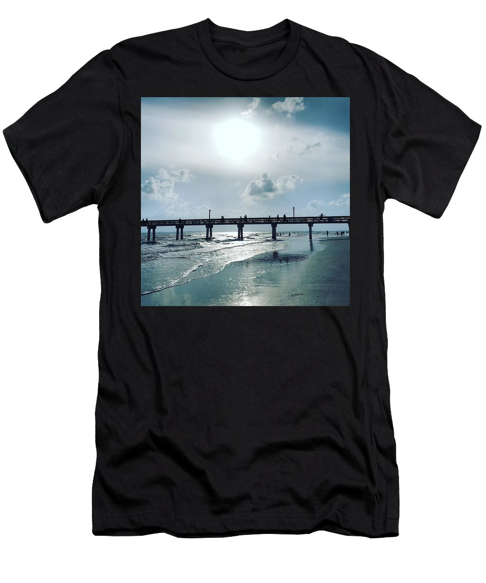 Water Men's T-Shirt (Athletic Fit) featuring the photograph Hazy Sun Down by Ric Schafer