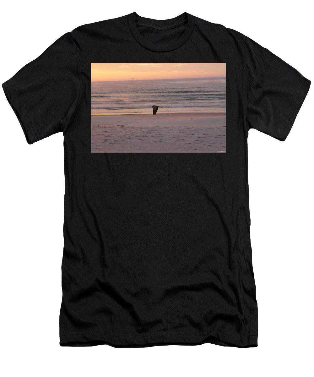Heron Men's T-Shirt (Athletic Fit) featuring the photograph Heron On The Downwing by Laura Martin