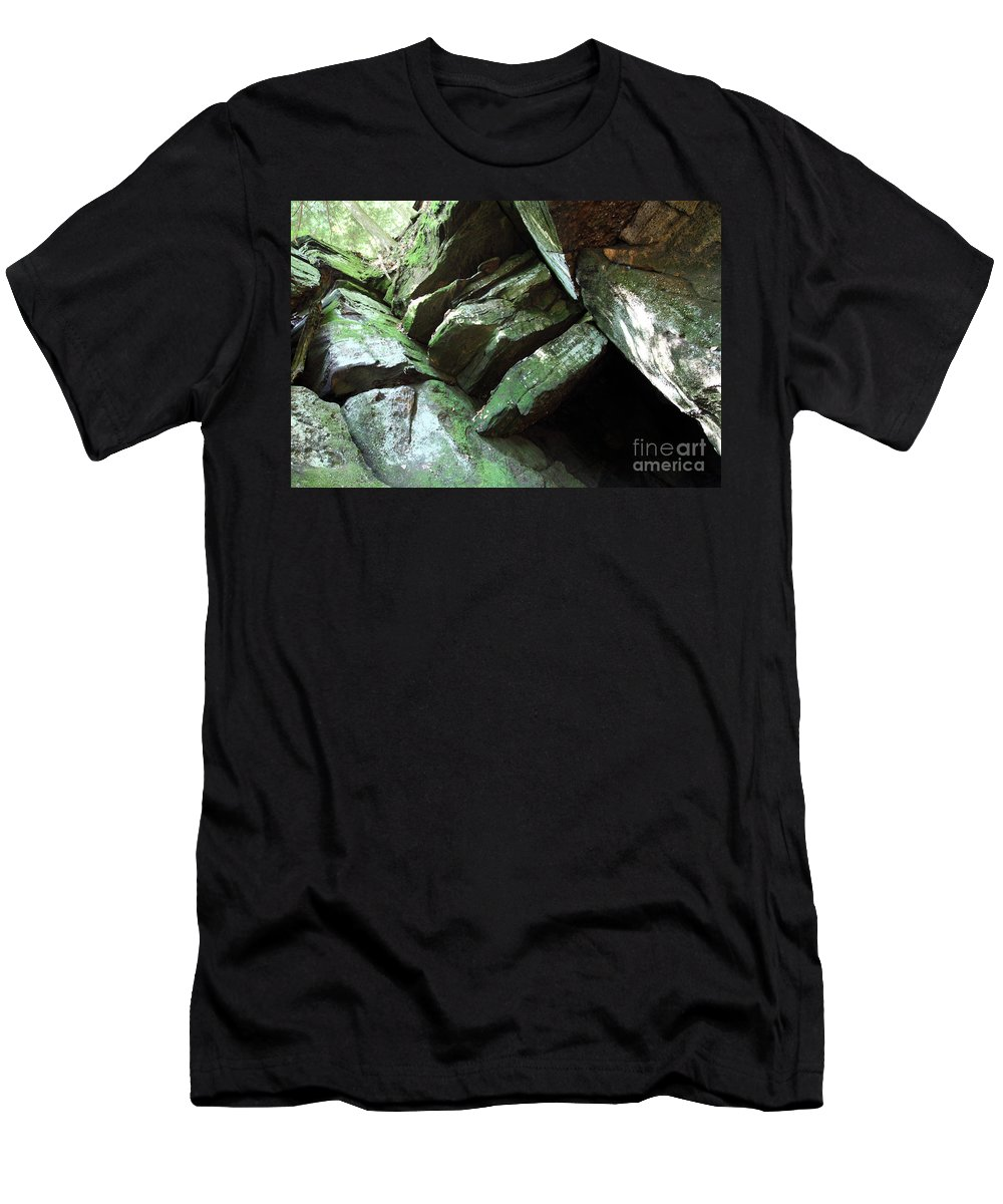 Tree Men's T-Shirt (Athletic Fit) featuring the photograph Hi Tree by Amanda Barcon