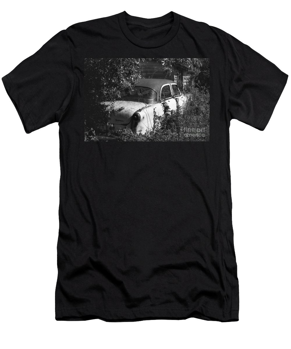 Abandoned Men's T-Shirt (Athletic Fit) featuring the photograph Hidden Treasure by Richard Rizzo