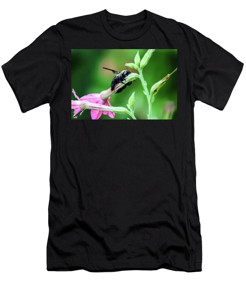 Bee Men's T-Shirt (Athletic Fit) featuring the photograph Hold On by Tonya Peters