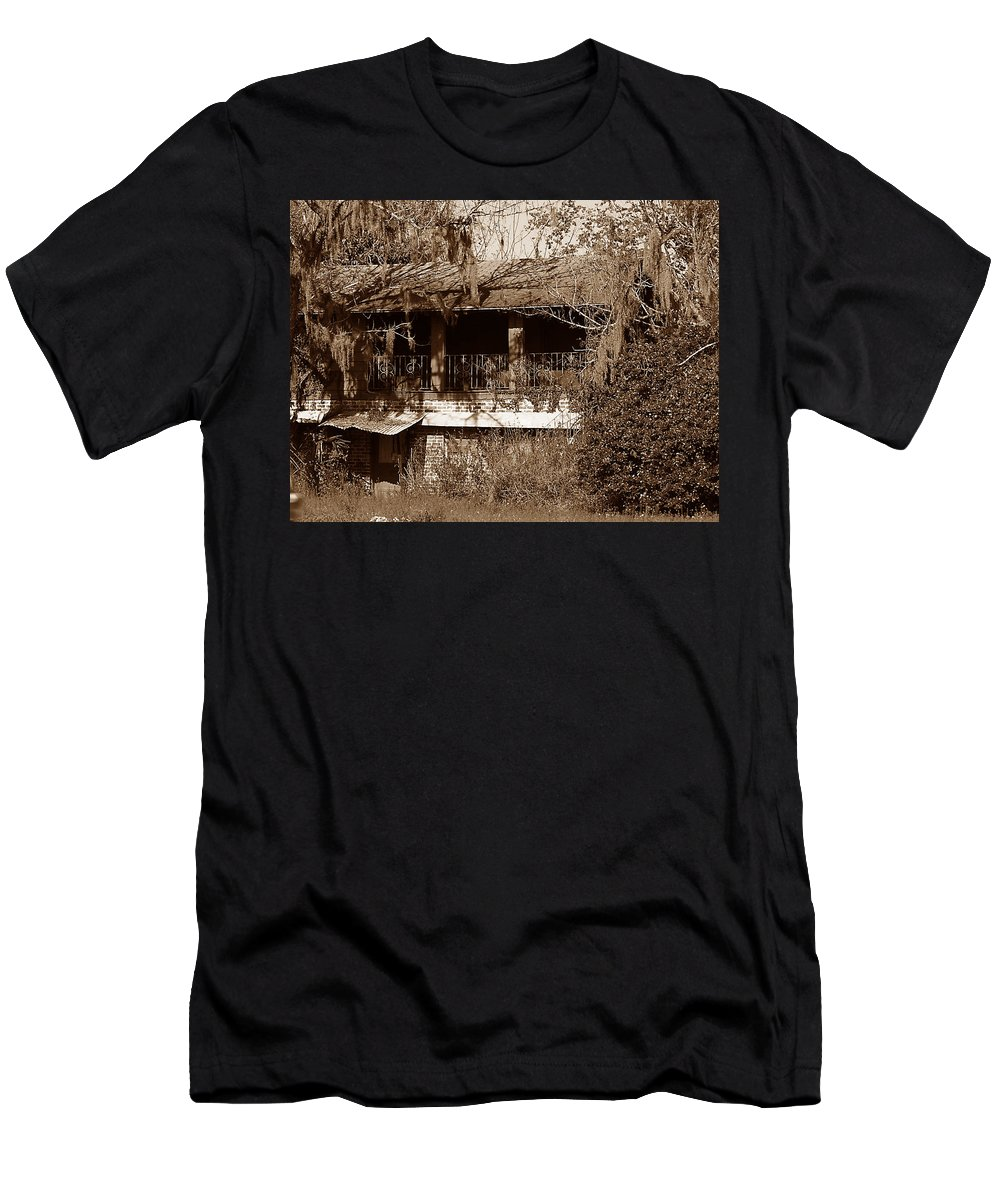 House Men's T-Shirt (Athletic Fit) featuring the photograph Home Sweet Home by Bob Johnson