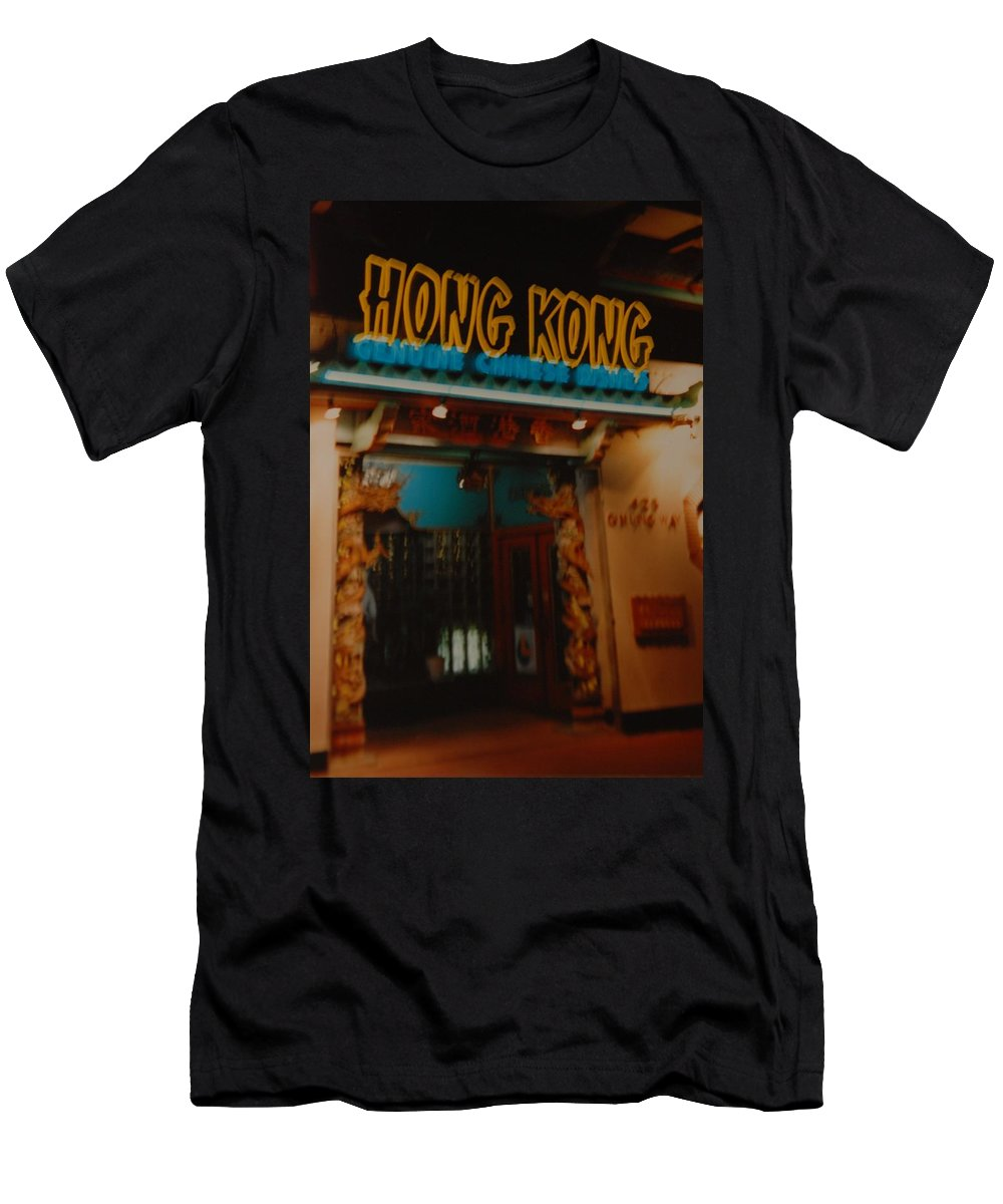 Los Angeles Men's T-Shirt (Athletic Fit) featuring the photograph Hong Kong by Rob Hans