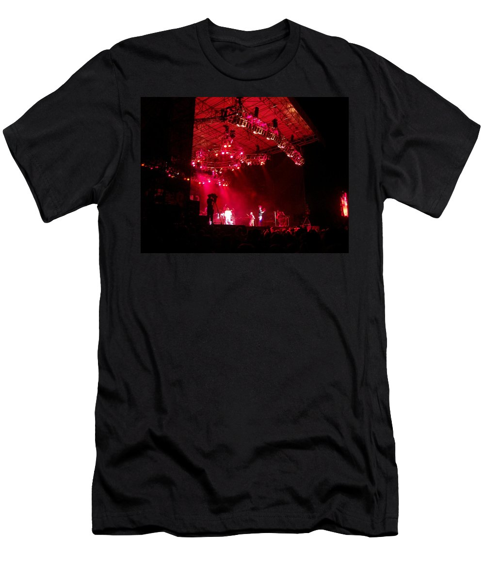 Creationfest 2007 Men's T-Shirt (Athletic Fit) featuring the photograph Hot Night by R Chambers