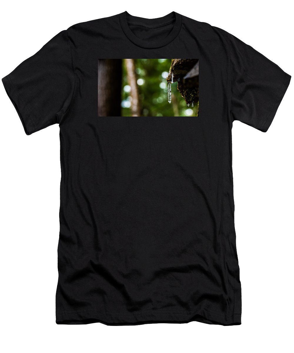 Icicle Men's T-Shirt (Athletic Fit) featuring the photograph Icicles 2 by Dan Ketelsen