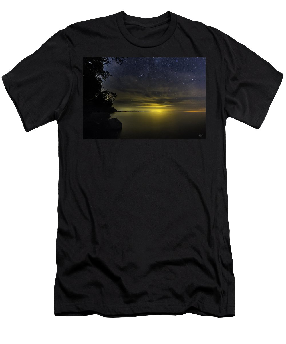 Stars Men's T-Shirt (Athletic Fit) featuring the photograph Imagine by Everet Regal