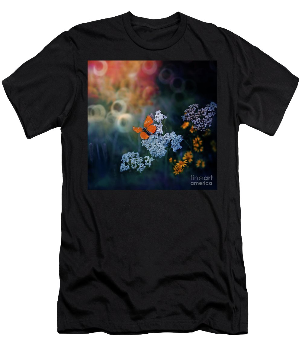Butterfly Men's T-Shirt (Athletic Fit) featuring the photograph Imperfect by Ezo Oneir