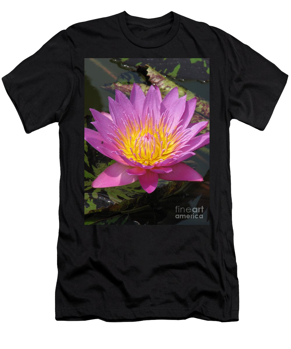 Lotus Men's T-Shirt (Athletic Fit) featuring the photograph In Position by Amanda Barcon