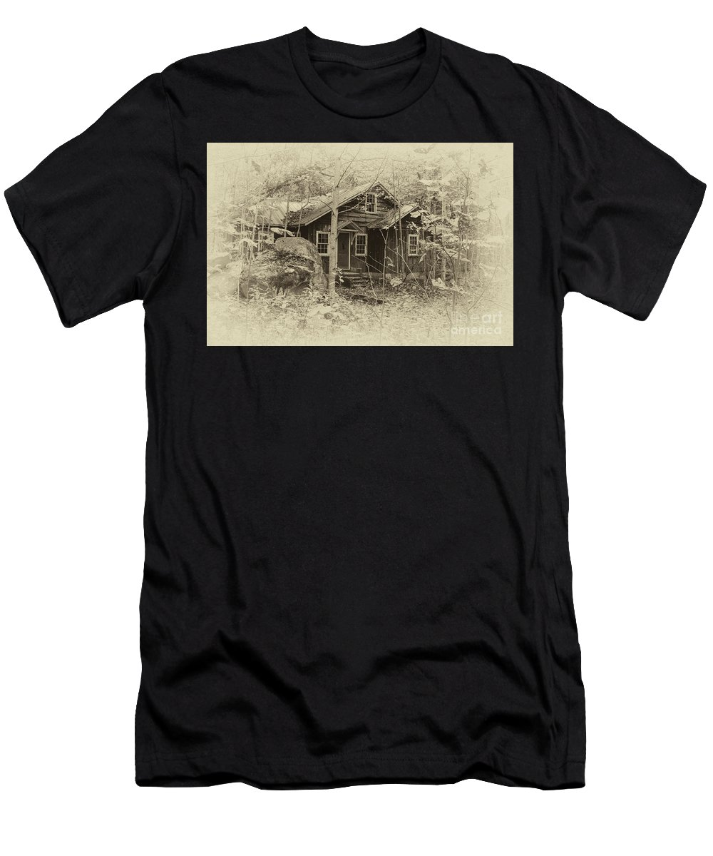 Elkmont Men's T-Shirt (Athletic Fit) featuring the photograph In The Past by Barbara Rabek