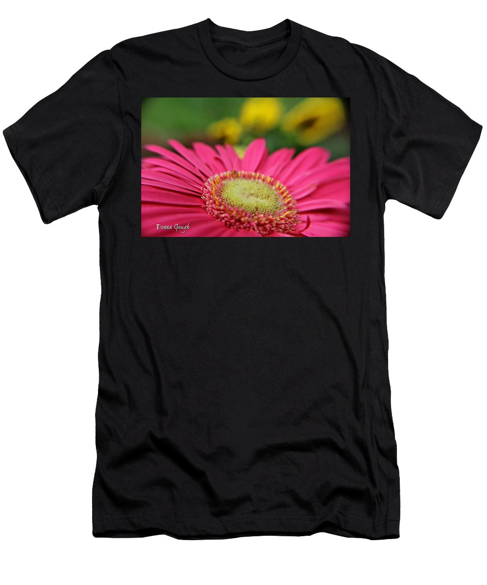 Daisy Men's T-Shirt (Athletic Fit) featuring the photograph In The Shadows by Donna Gough