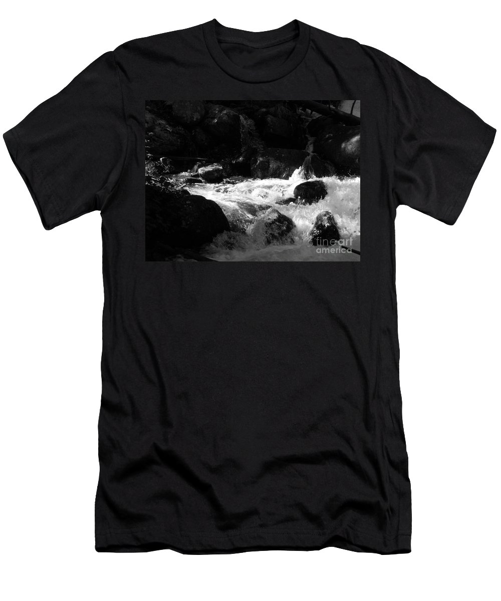Rivers Men's T-Shirt (Athletic Fit) featuring the photograph Into The Light by Amanda Barcon