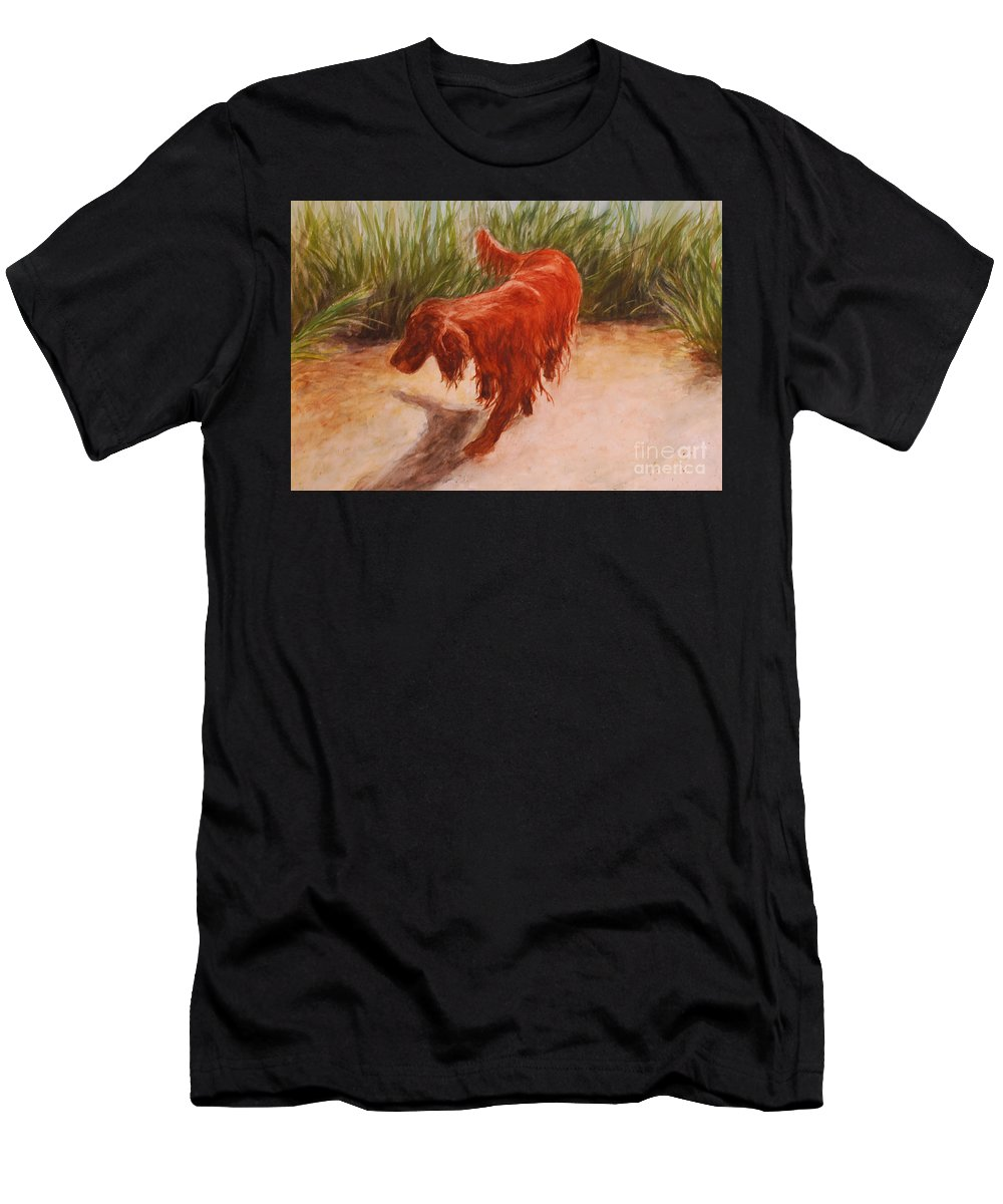 Irish Setter Men's T-Shirt (Athletic Fit) featuring the photograph Irish Setter In The Grass by Alisa Potter