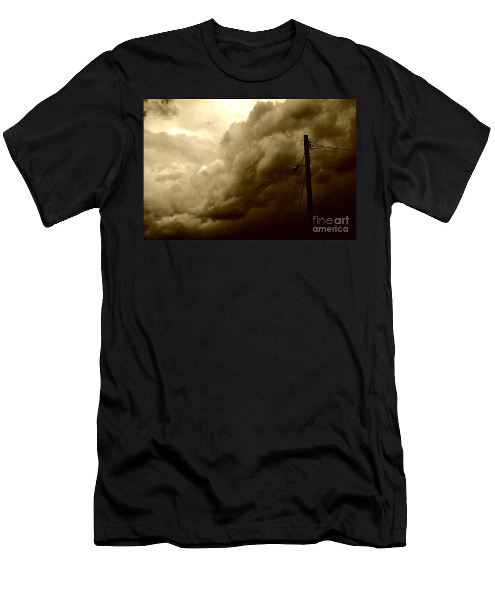 Clay Men's T-Shirt (Athletic Fit) featuring the photograph It's Coming by Clayton Bruster