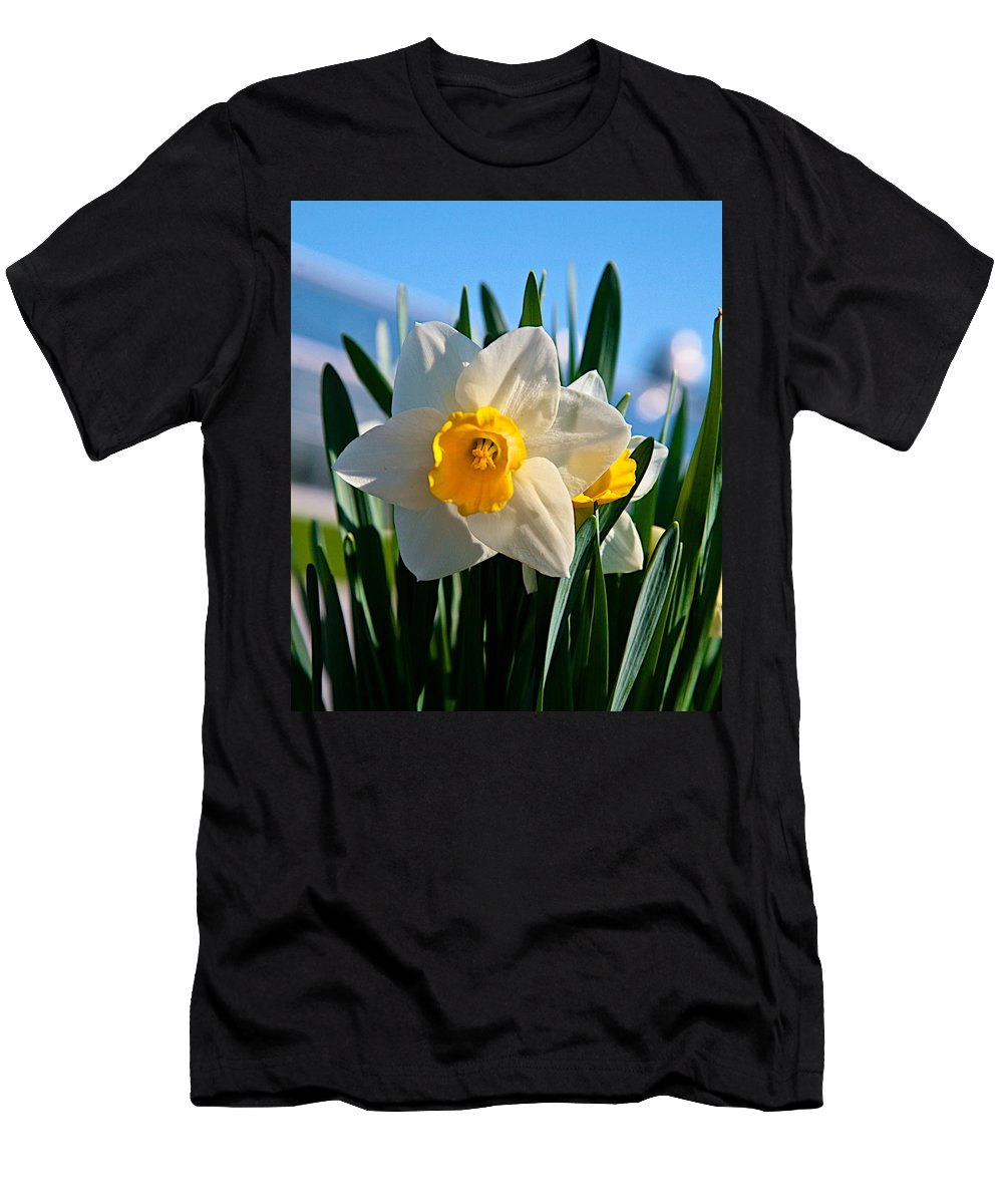 Plant Men's T-Shirt (Athletic Fit) featuring the photograph Its Spring by Robert Pearson
