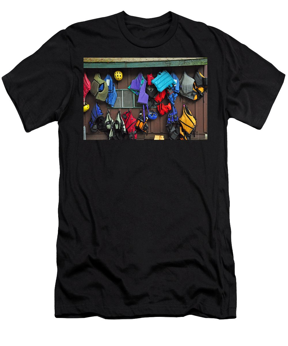 Kayaking Men's T-Shirt (Athletic Fit) featuring the photograph Kayakers Dream by Glenn Gordon