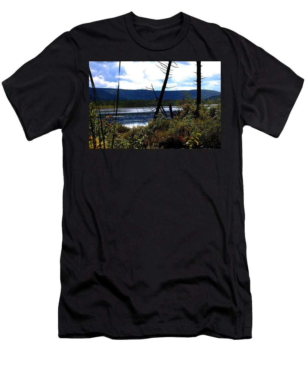 Digital Photograph Men's T-Shirt (Athletic Fit) featuring the photograph Labrador Pond by David Lane