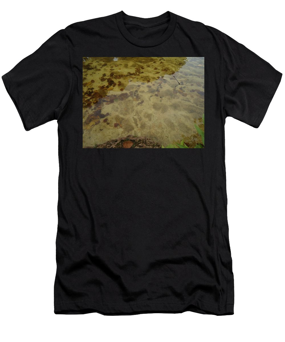 Water Men's T-Shirt (Athletic Fit) featuring the photograph Lago Transparente by Cristiano Cavalcante