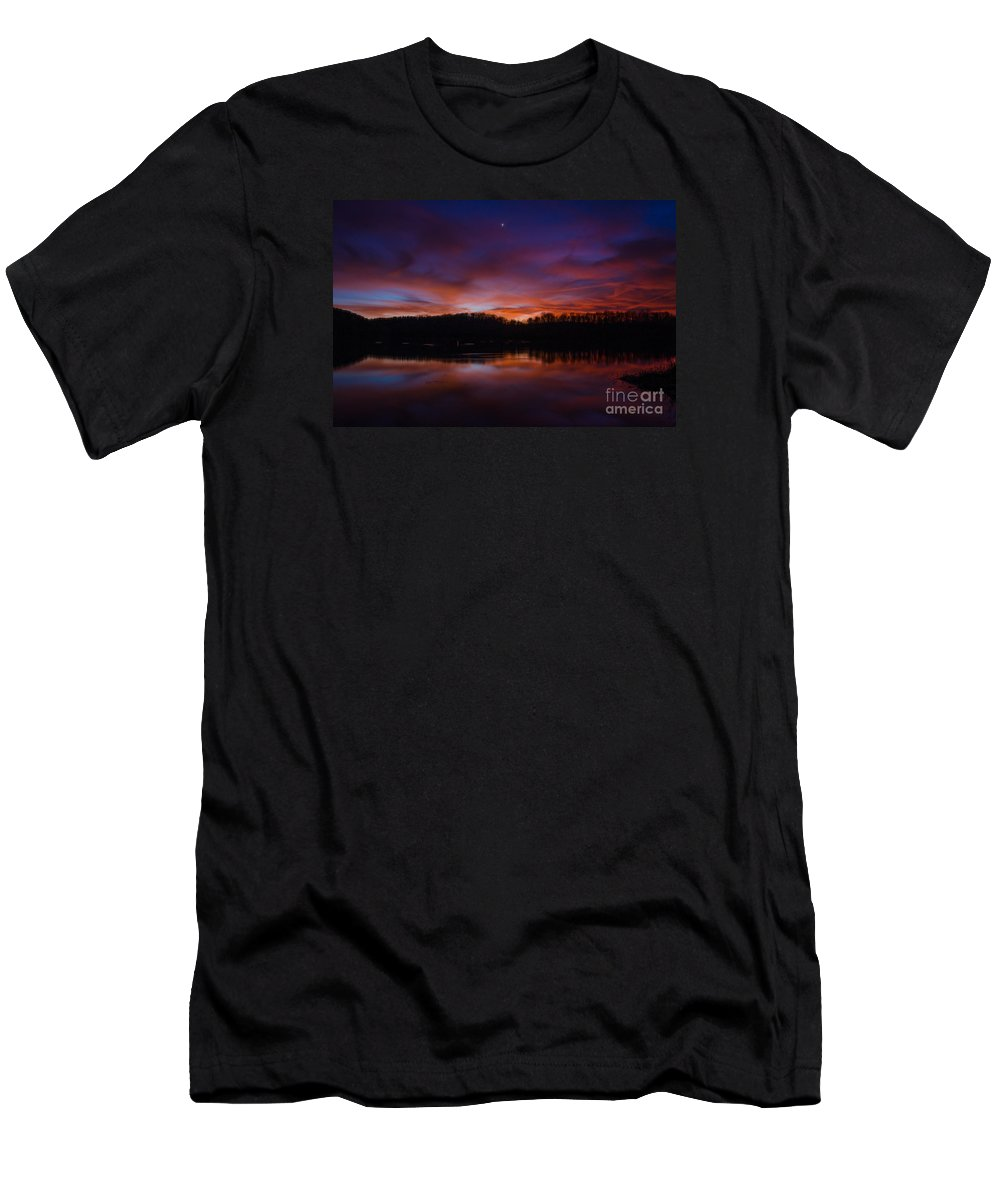 Sunset Men's T-Shirt (Athletic Fit) featuring the photograph Lake Logan Sunset, Ohio by Ina Kratzsch