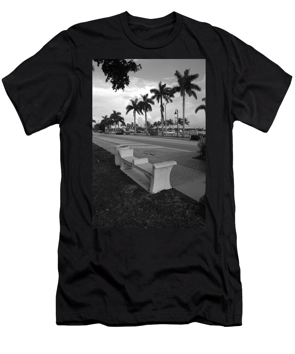 Black And White Men's T-Shirt (Athletic Fit) featuring the photograph Lantana by Rob Hans
