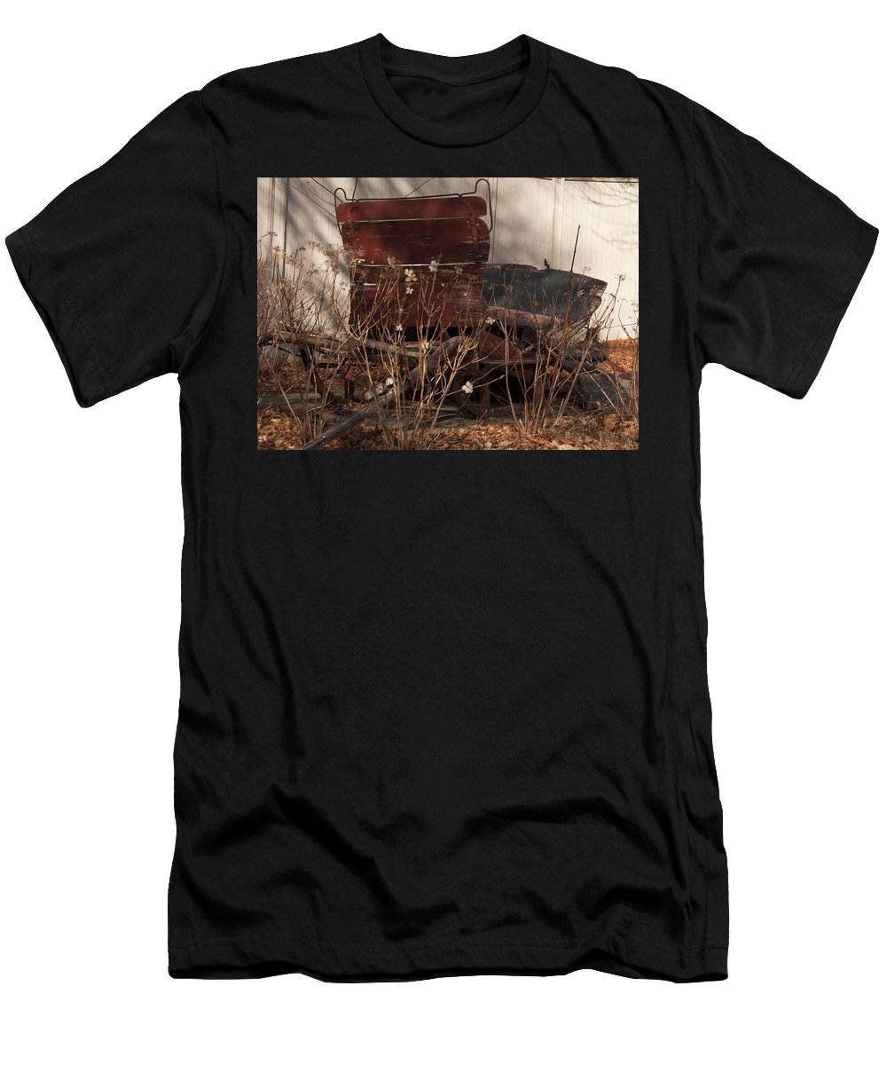 Sleigh Men's T-Shirt (Athletic Fit) featuring the photograph Last Ride by Steven Natanson