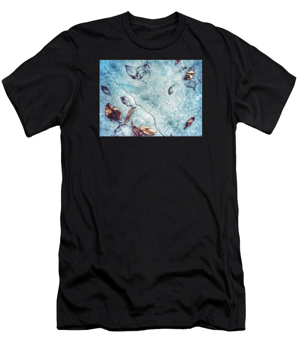 Landscape Men's T-Shirt (Athletic Fit) featuring the photograph Leaf Ghosts by John Castell