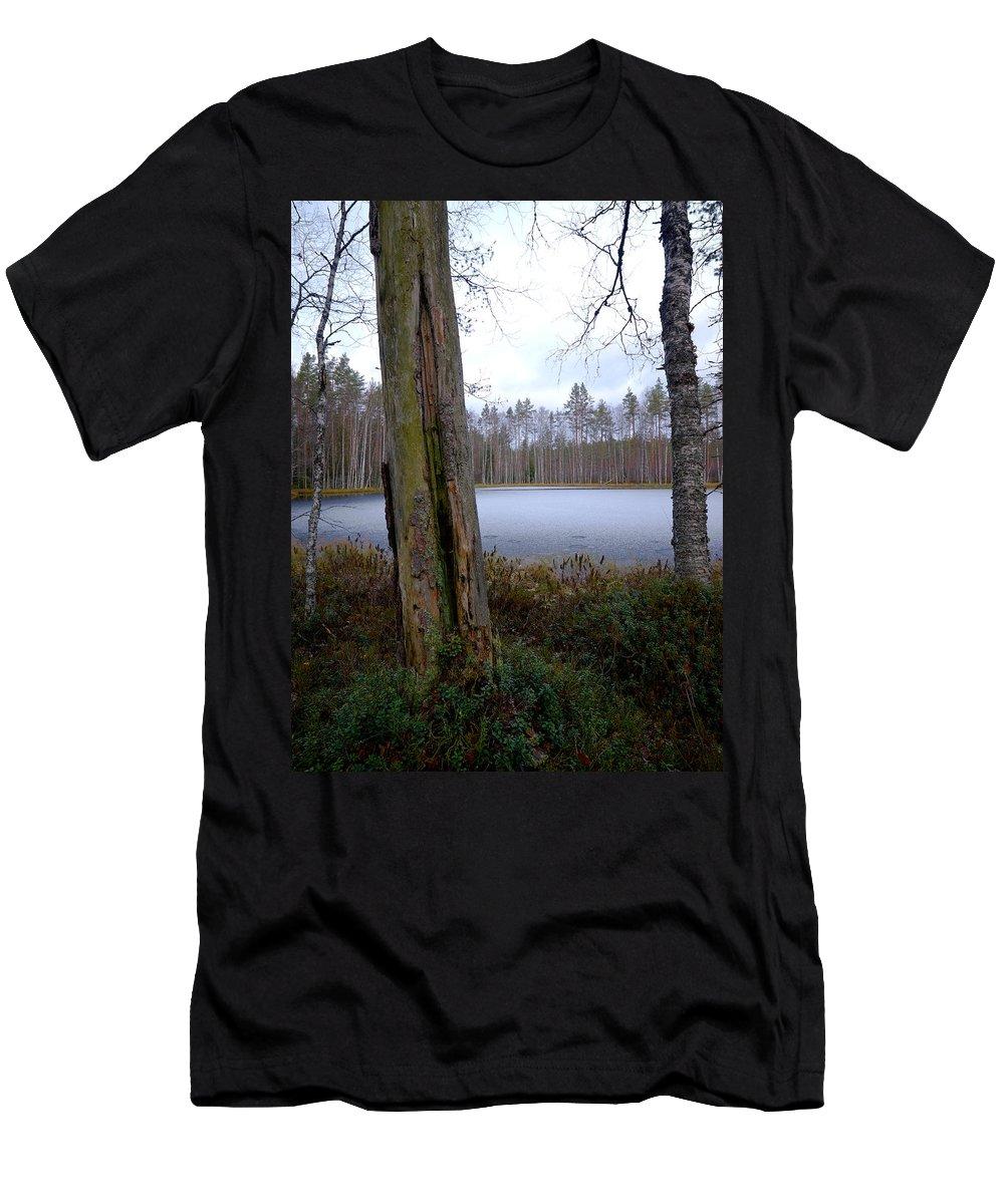 Lehtokukka Men's T-Shirt (Athletic Fit) featuring the photograph Liesilampi 2 by Jouko Lehto
