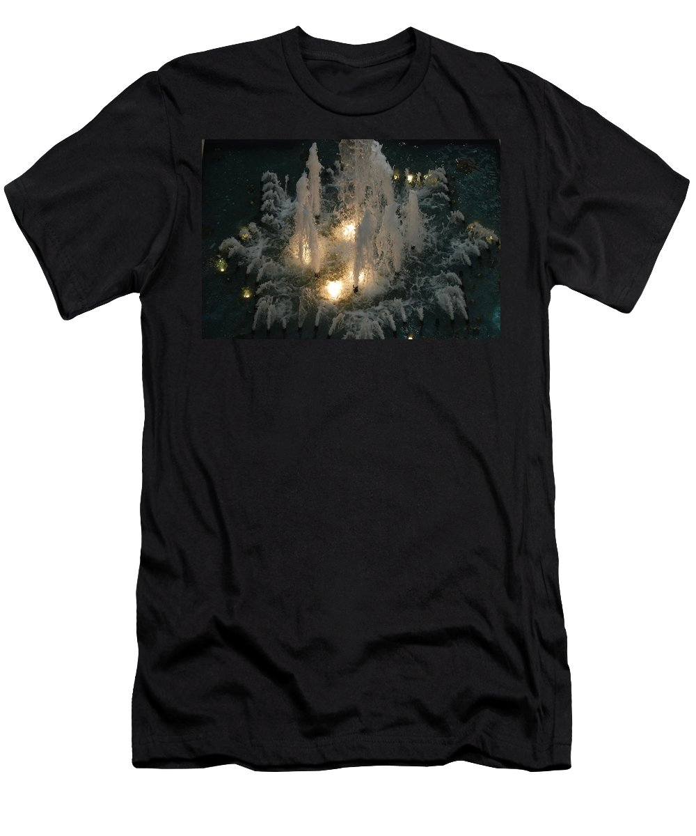 Lights Men's T-Shirt (Athletic Fit) featuring the photograph Lighted Fountain by Rob Hans