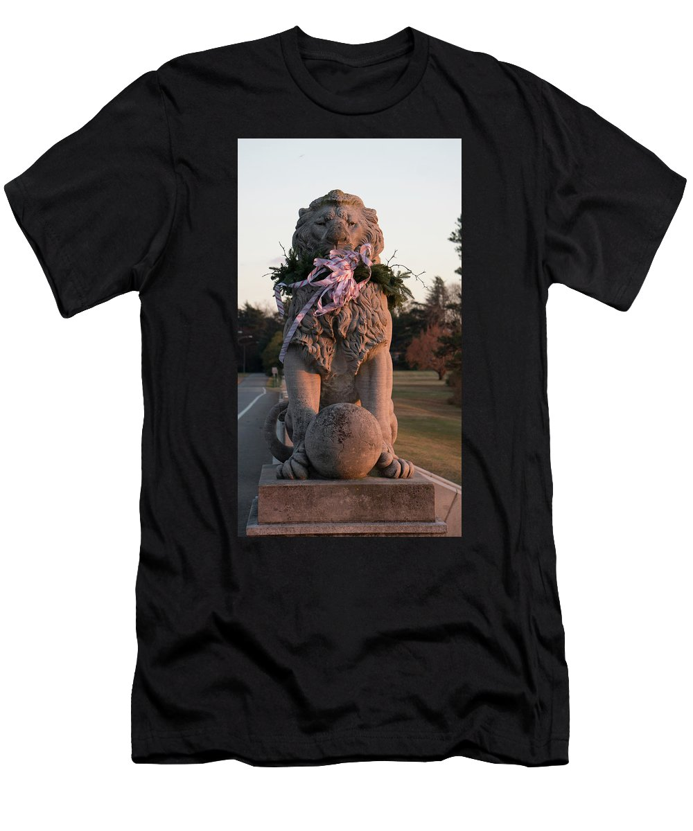Newport News Men's T-Shirt (Athletic Fit) featuring the digital art Lions Statue With Ribbon by Michael CrowderPhotography