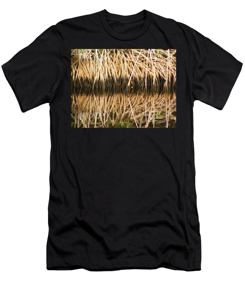Plants Men's T-Shirt (Athletic Fit) featuring the photograph Little Feet by Ed Smith